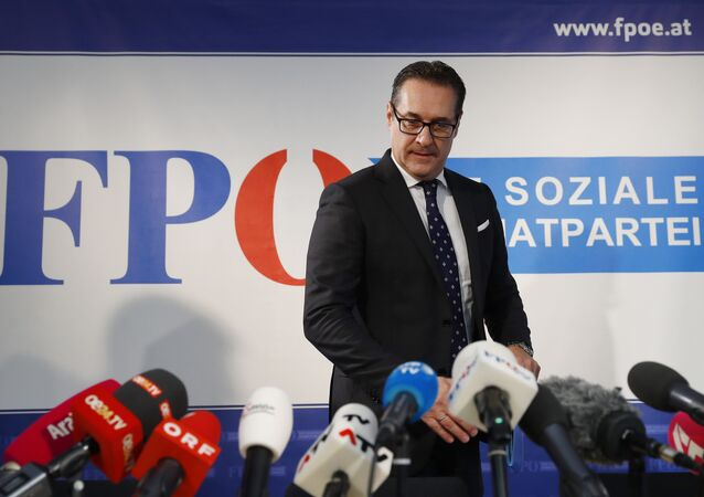 Head of the Freedom Party (FPOe) Heinz-Christian Strache arrives for a news conference in Vienna, Austria