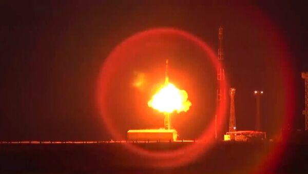RS-12M Topol intercontinental ballistic missile launch. File photo - Sputnik International