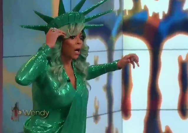 Wendy Williams faints during live taping of The Wendy Williams Show on October 31, 2017