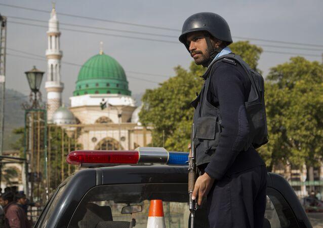 Pakistani police officer. (File)