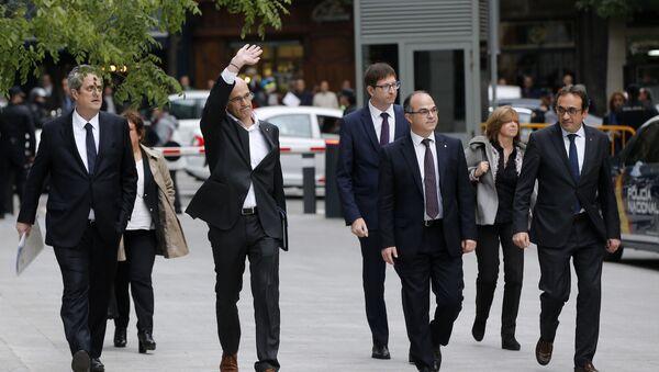 Fired Catalan Cabinet members arrive at the national court in Madrid, Spain, Thursday, Nov. 2, 2017. From left to right are, Joaquim Forn, Dolors Bassa i Coll, Raul Romeva, Carles Mundo, Jordi Turull, Meritxell Borras and Josep Rull. - Sputnik International