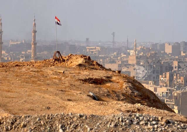 A general view of the eastern Syrian city of Deir Ezzor during an operation by Syrian government forces against Daesh on November 2, 2017
