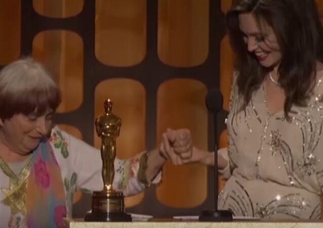 Angelina Jolie and Agnès Varda at Governors Awards