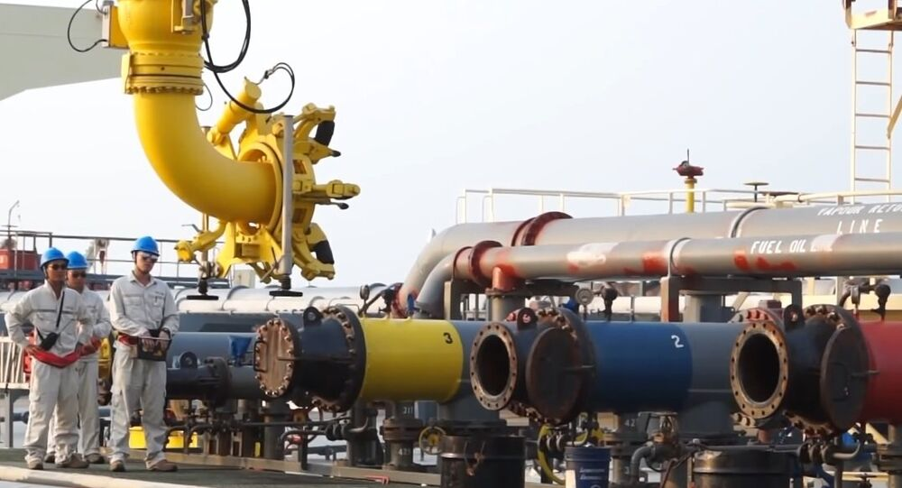 China-Myanmar crude oil pipeline begins operation