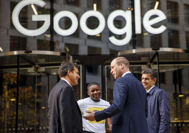 Britain's Prince William, Duke of Cambridge, 2nd right, chats with British entrepeneur Brent Hoberman, left, anti-cyber bullying campaigner James Okulaja, 2nd left, and President of EMEA Business and Operations for Google, Matt Brittin during his visit to launch the national action plan to tackle cyberbullying at the London headquarters of Google and YouTube in King's Cross, London, Thursday, Nov. 16, 2017.