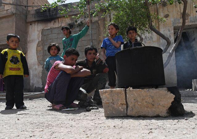 Children in Deir ez-Zor, Syria