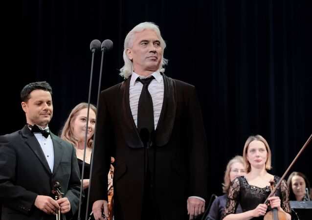 Dmitri Hvorostovsky performs in St. Petersburg (File)