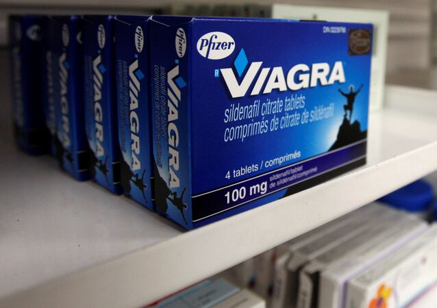 A box of Viagra, typically used to treat erectile dysfunction, is seen in a pharmacy in Toronto January 31, 2008.