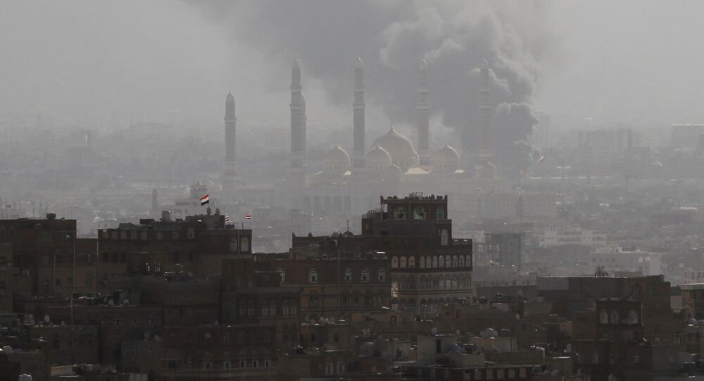Smoke rises during the battle between former Yemeni President Ali Abdullah Saleh's supporters and the Houthi fighters in Sanaa, Yemen December 2, 2017