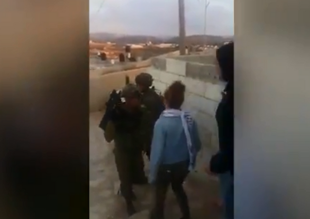 Ahed Tamimi gets arrested by IDF forces after slapping soldiers