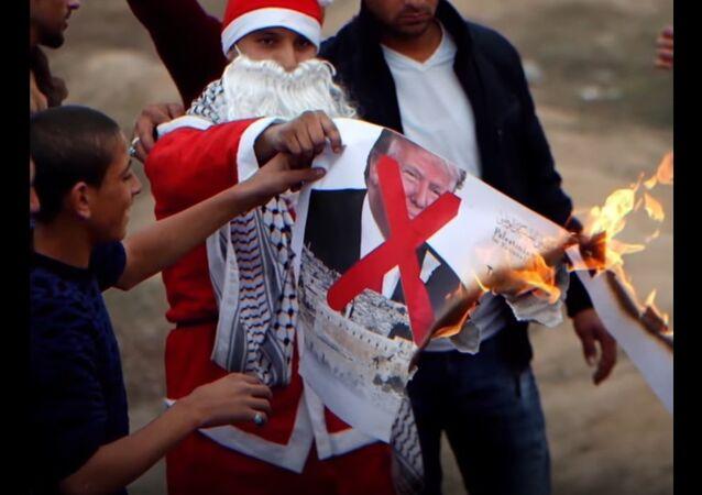 Palestinian Santa