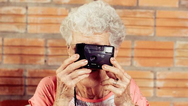 Old woman - Sputnik International