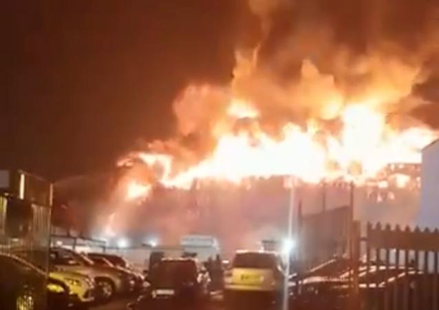 Massive fire breaks out in northern London