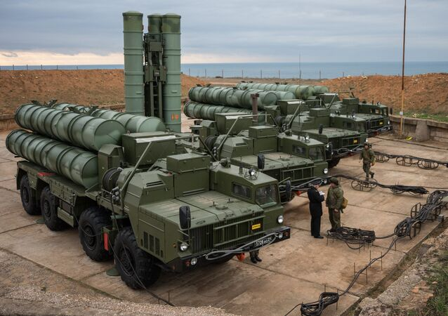 S-400 Triumf anti-air missile system enters service in Russia's Sevastopol. File photo