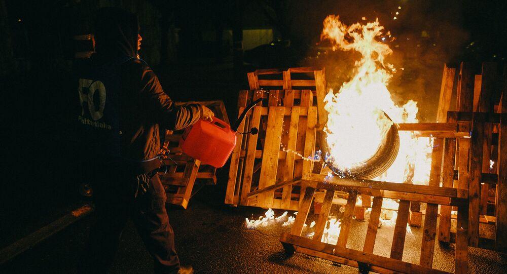 Fresnes prison protests