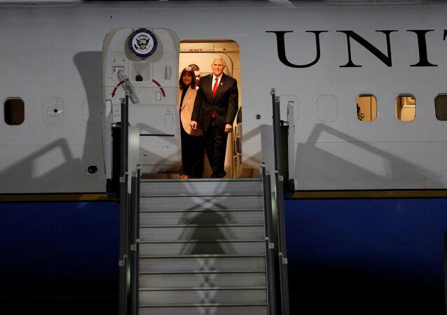 US Vice President Mike Pence and his wife Karen Pence arrive at Amman military airport, Jordan, January 20, 2018.