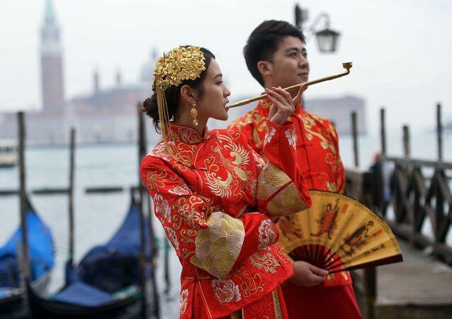 Mask Extravaganza: Iconic Venice Carnival Kicks Off