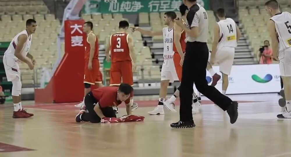 Chinese Basketball Court Cleaner Living
