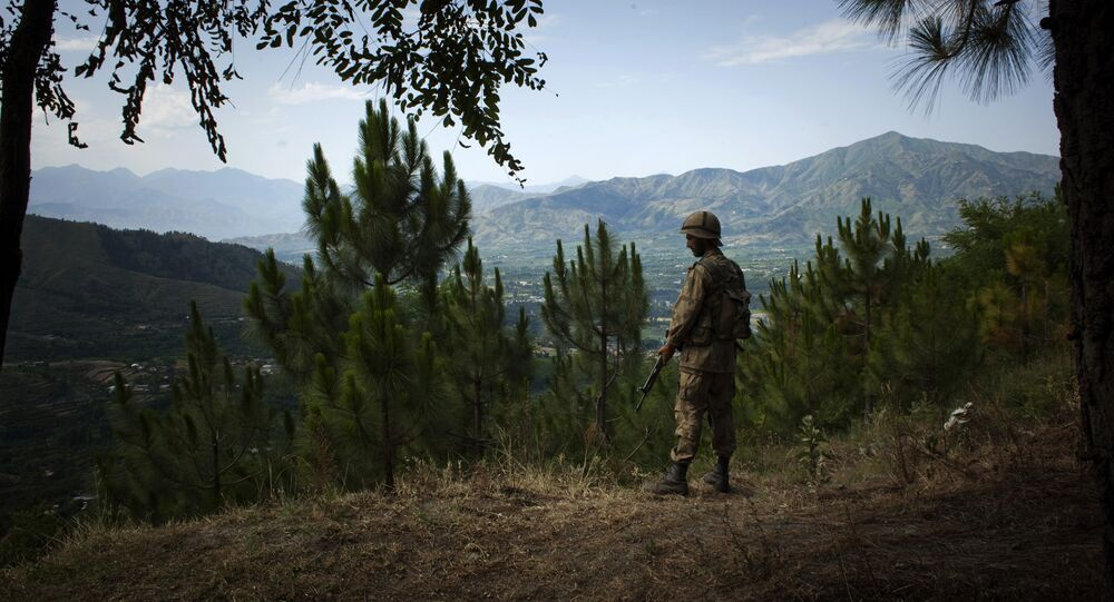 A Pakistani soldier stands guard in Ghar-I-Hira camp, in the upper Swat Valley, Pakistan (File)