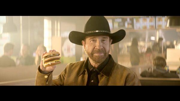 Hesburger is Chuck Norris approved - Sputnik International