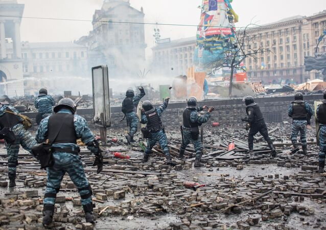 Police officers are seen on Maidan Nezalezhnosti square in Kiev, where clashes began between protesters and the police. (File)