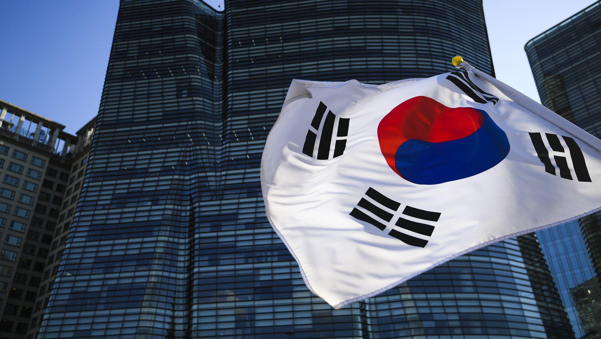 The Republic of Korea flag in Seoul - Sputnik International, 1920, 29.07.2021