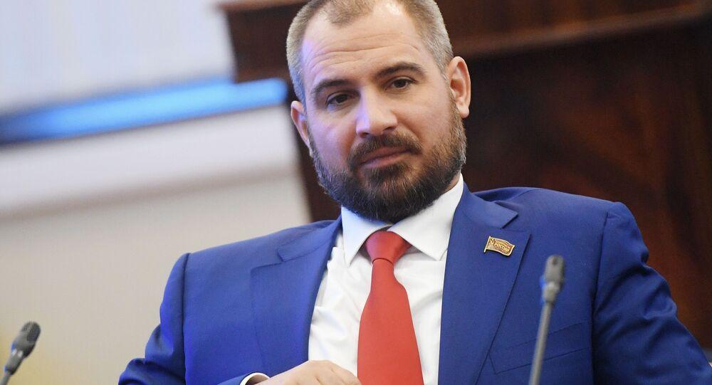 Maxim Suraykin