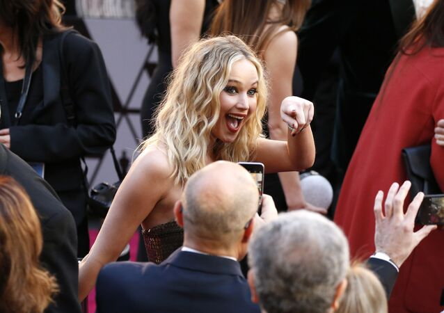 Jennifer Lawrence arrives at the Oscars on Sunday, March 4, 2018, at the Dolby Theatre in Los Angeles