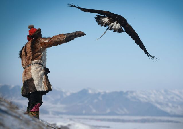 Mongolian Spring Golden Eagle Festival in Pictures