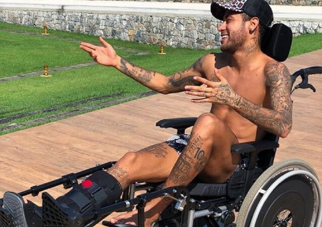 Neymar tribute to Stephen Hawking