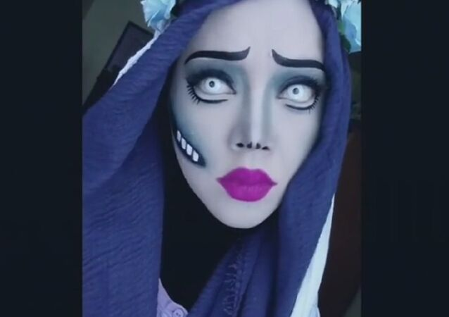 The make-up artist showed the animated heroines in the hijab