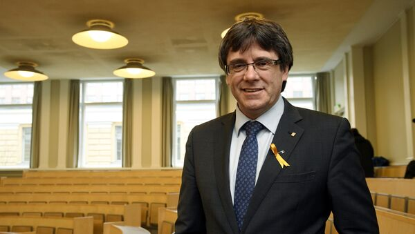 Pro-independence Catalonia's deposed leader Carles Puigdemont lectures at the University of Helsinki, Finland March 23, 2018 - Sputnik International