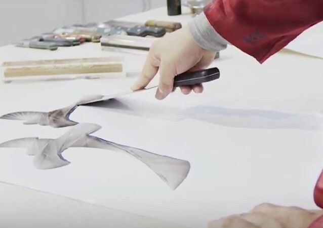 Sharp Hieroglyphs: Chinese Calligraphist Writes Characters Using Knives