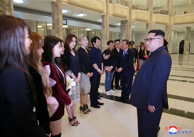 Kim Jong-un Visits South Korean Pop Stars' Concert