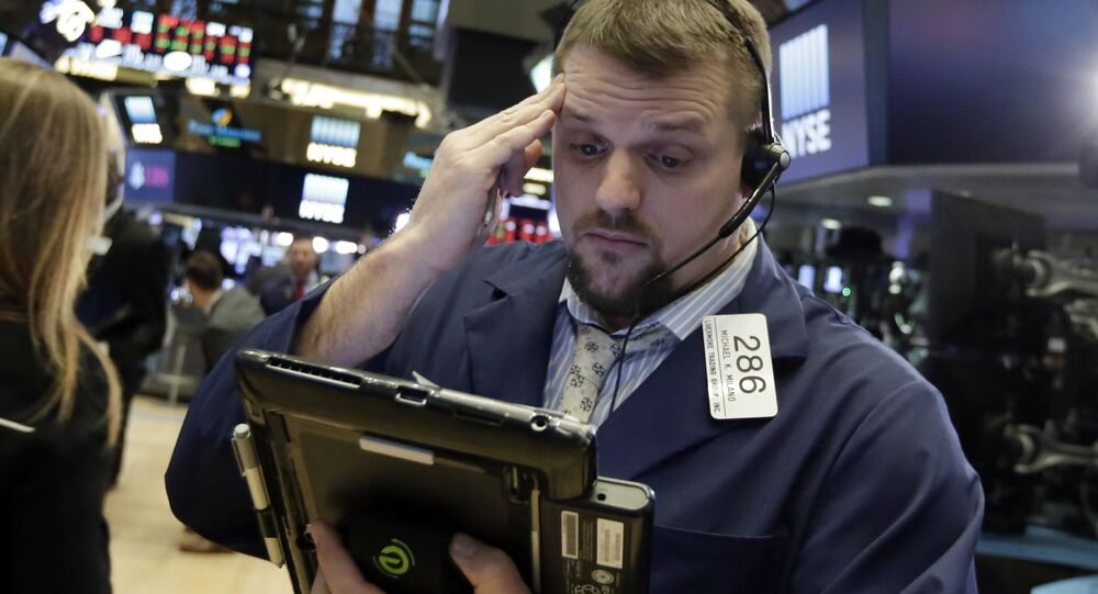 Sharp falls on Wall Street on virus fears
