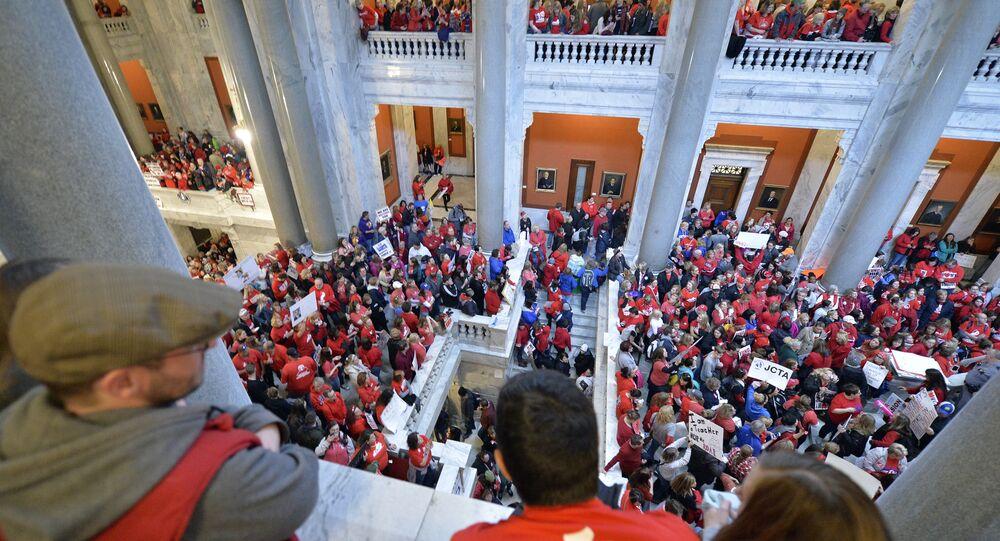 Teacher Protests Kentucky
