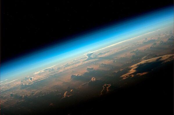 Earth from ISS by Russian Astronaut Oleg Artemyev - Sputnik International