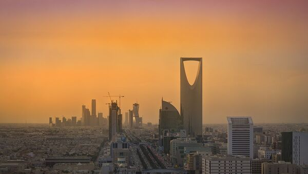 Riyadh Skyline showing the King Abdullah Financial District (KAFD) and the famous Kingdom Tower - Sputnik International