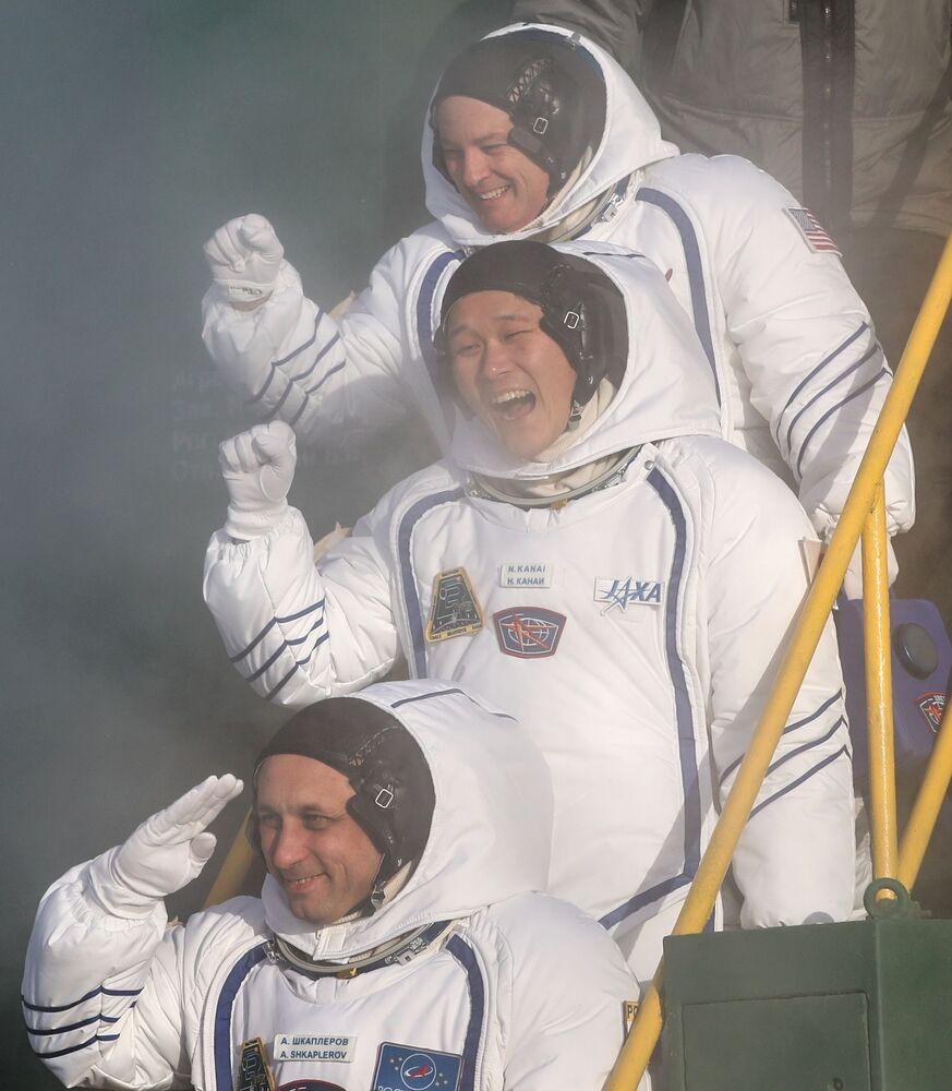 Celebrating Cosmonautics Day in Russia: Space Yesterday & Today