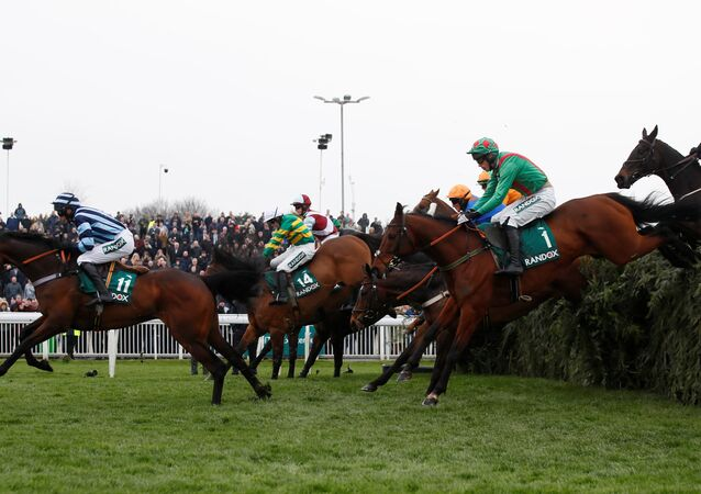 Horse Racing - Grand National Festival - Aintree Racecourse, Liverpool, Britain