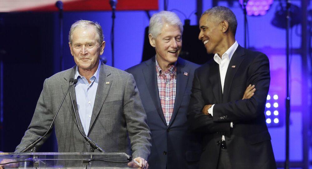 Presidents from right, Barack Obama, Bill Clinton, George H.W. Bush (File)