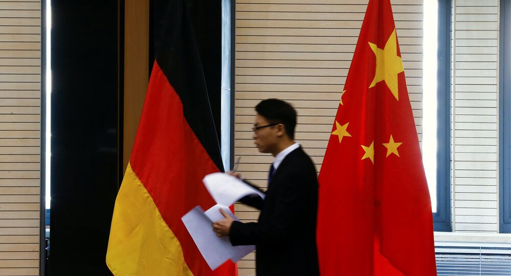 German and Chinese flags