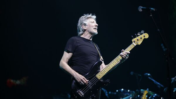 Roger Waters performs during a live concert in Assago, near Milan, Italy - Sputnik International