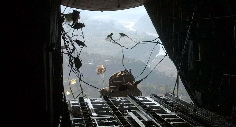 An huge sack of U.S donations gets out of a military plane (File)