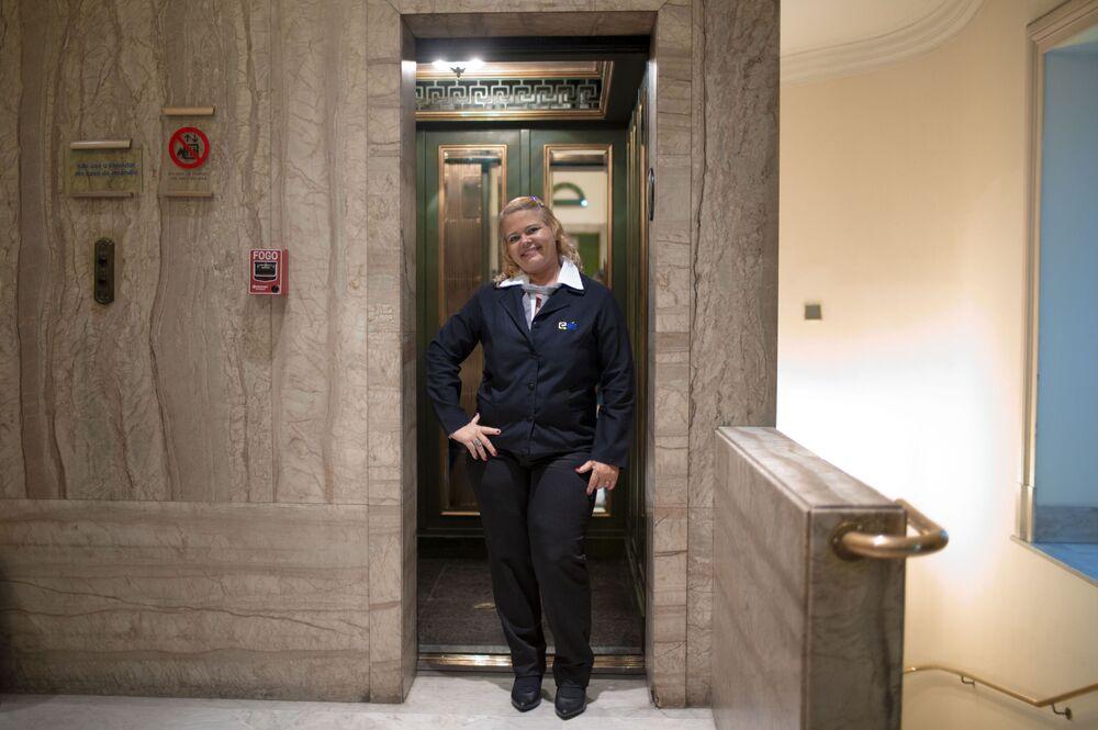 Elevator Operator From Brazilia