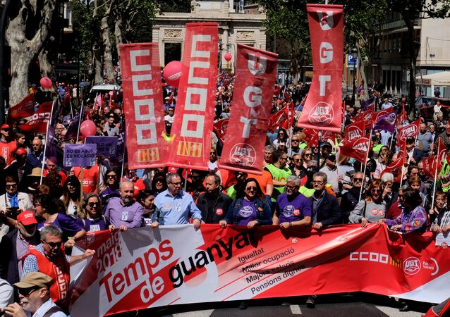 Demonstrators of Spain's leading trade unions CCOO and UGT march during May Day celebrations in Valencia