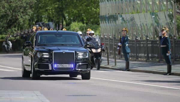 Aurus limousine of the President of the Russian Federation motorcade, part of the Cortege project - Sputnik International