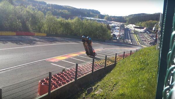 FIA WEC 2018 Spa Francorchamps Crash - Sputnik International