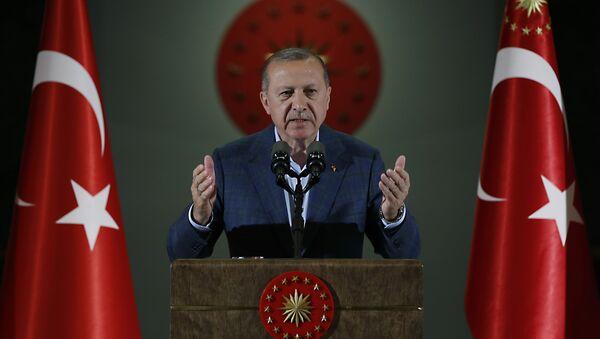 Turkey's President Recep Tayyip Erdogan speaks during an Iftar, the evening meal breaking the Ramadan fast, at his palace in Ankara, Turkey, Saturday, May 19, 2018 - Sputnik International