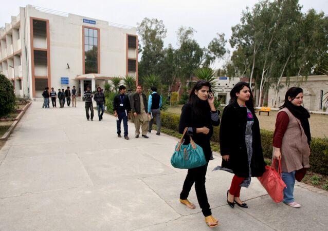 Pakistani  students (File)